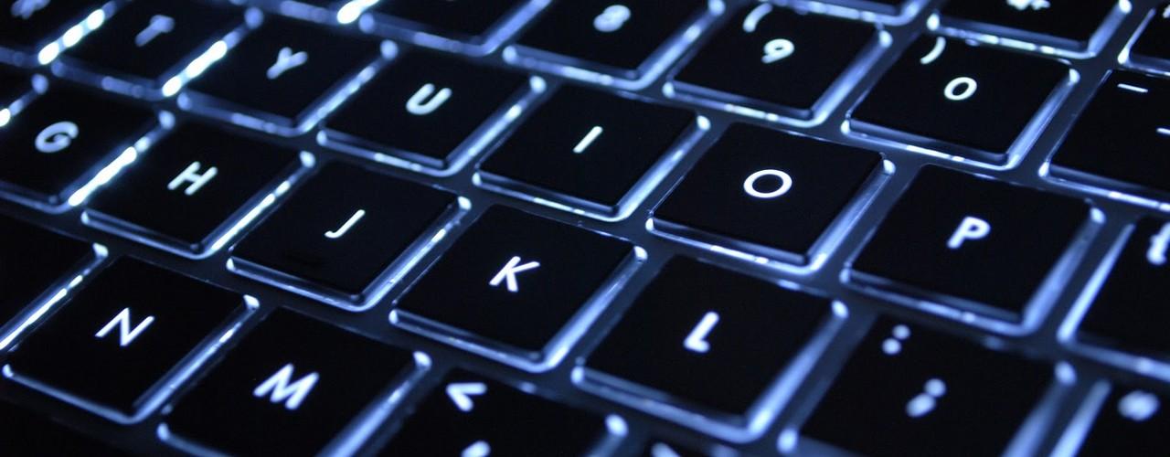 Вместо букв вводятся цифры на клавиатуре